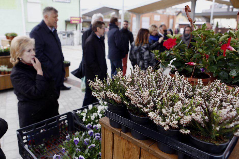 Atsinaujinęs Naujasis turgus laukia pirkėjų