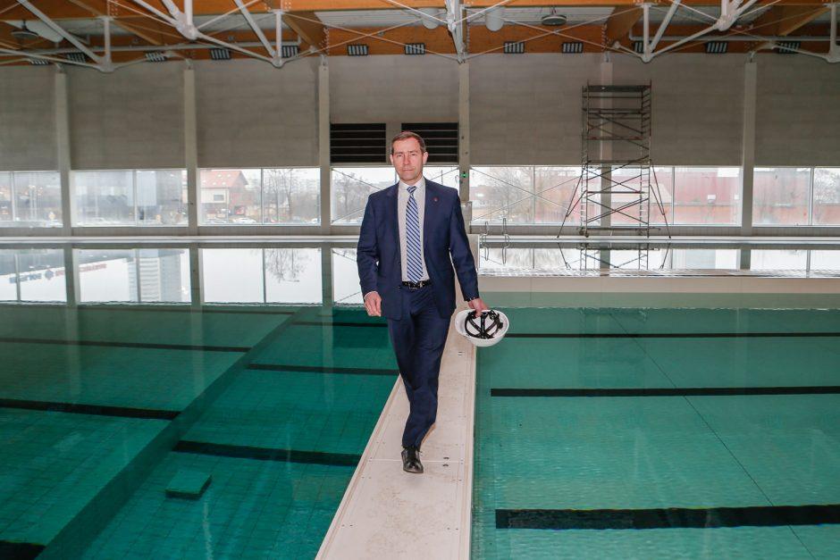 Pasirašė sutartį su naujojo baseino valdytoju