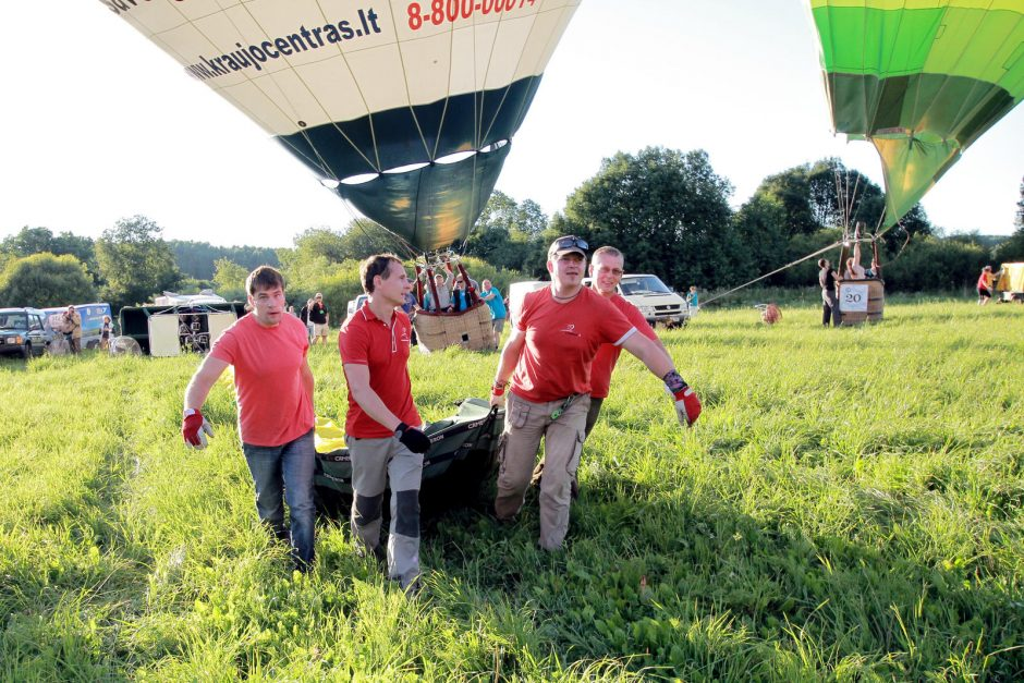 Su Klaipėdos dangumi atsisveikinę oro balionai grįš kitąmet