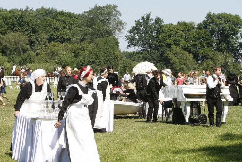Priekulės miesto ir žirgų sporto šventė