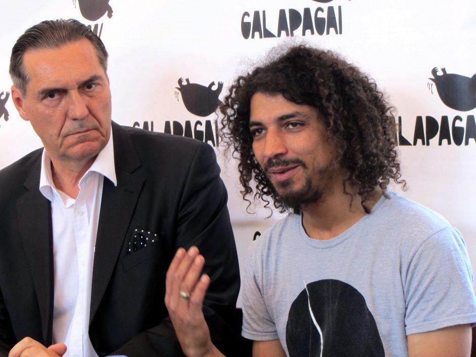 """""""Galapagų"""" scenoje """"Antis"""" debiutuos su V. Diawara"""