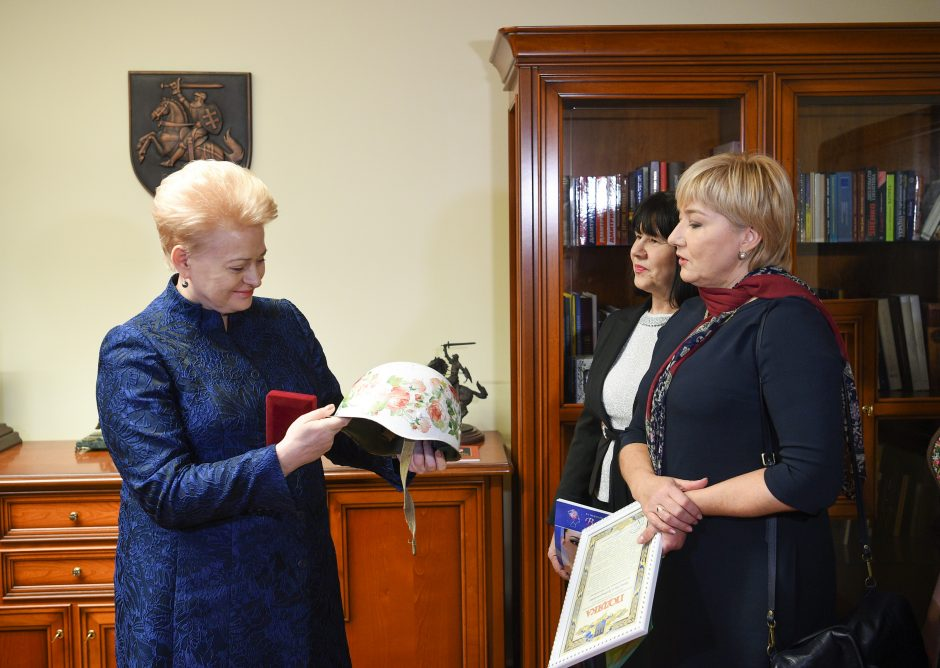 D. Grybauskaitė pagerbta išskirtiniu Ukrainos žmonių apdovanojimu