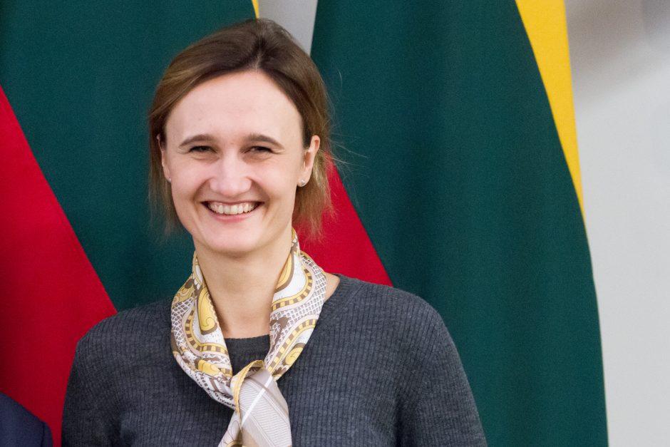 Liberalai skundžia V. Čmilytę-Nielsen įžeidusius Seimo narius