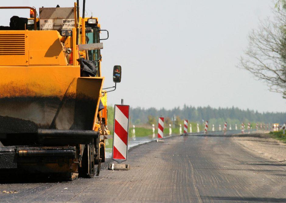 Dėl betoninio kelio Vilnius–Utena remonto – ir premjero pažadai