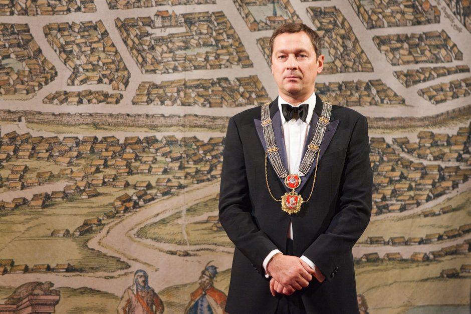 Lapkričio 15-oji Lietuvoje ir pasaulyje