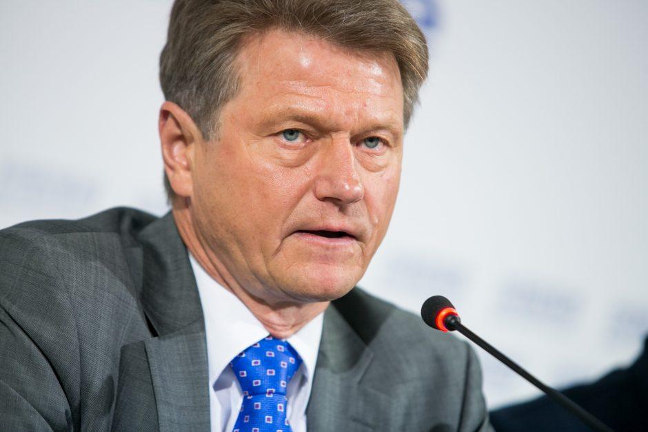 Europos Taryba ragina Seimą atkurti R. Pakso teises dalyvauti rinkimuose