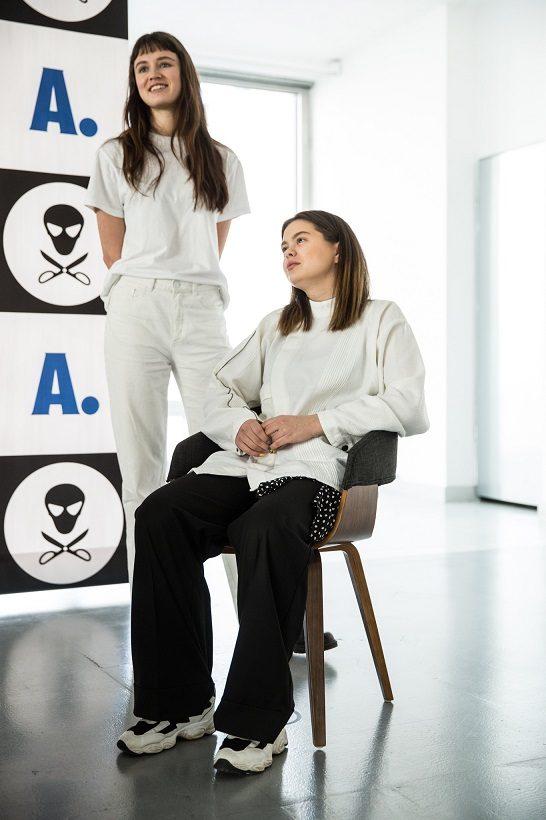 """21-oji """"Mados infekcija"""": pristatomų kėdžių nebus!"""