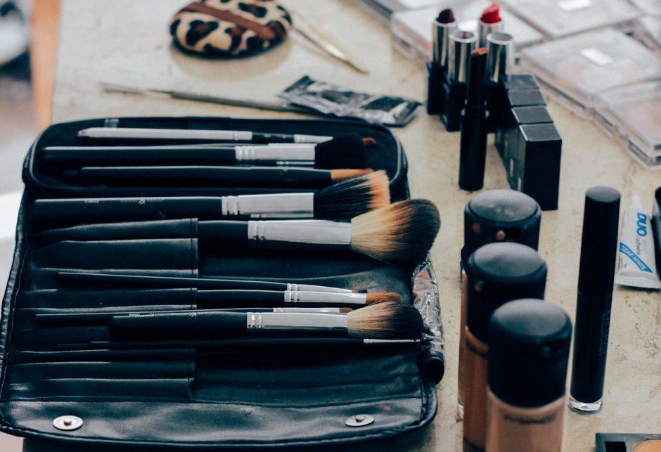 Siūloma didinti baudas už nesaugią kosmetiką