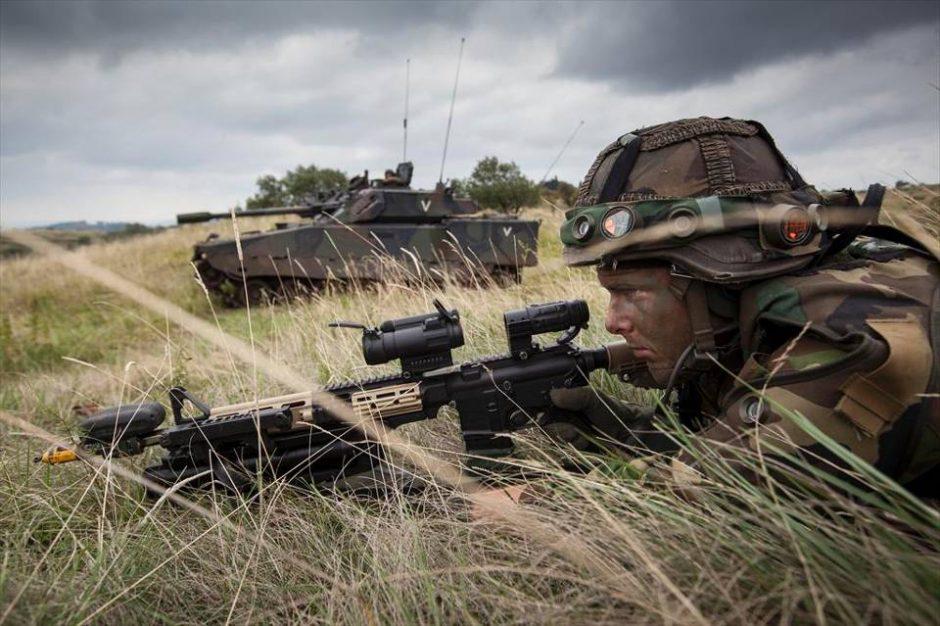 NATO batalioną Lietuvoje sustiprins Nyderlandų kariai su kovine technika