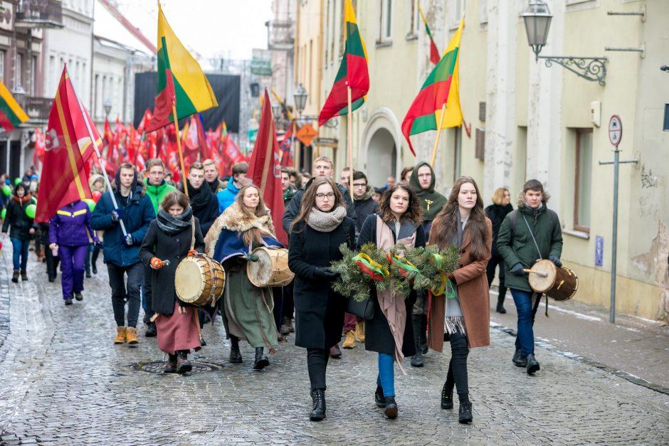 Vilnius švęs Laisvę – eitynės, trispalvės, 70 laužų ir koncertai