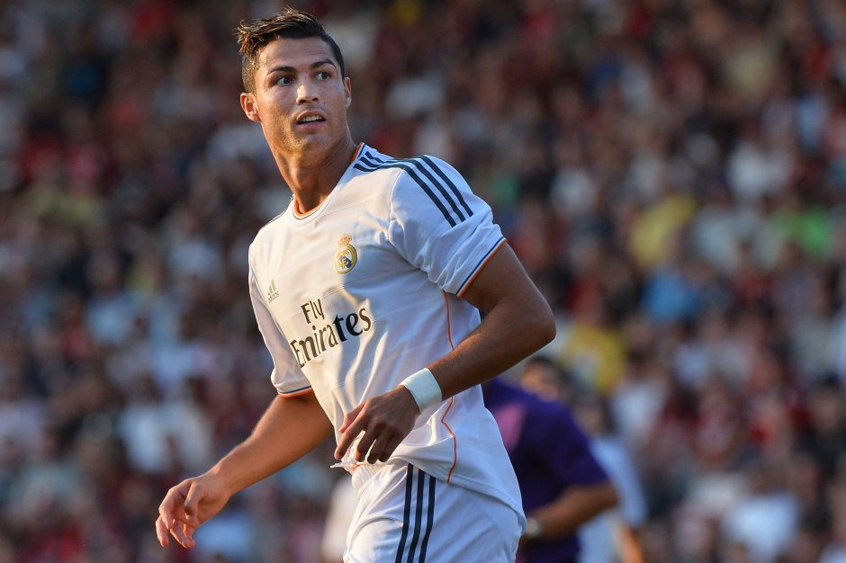 C. Ronaldo sulaužė berniukui ranką, jam prireikė operacijos