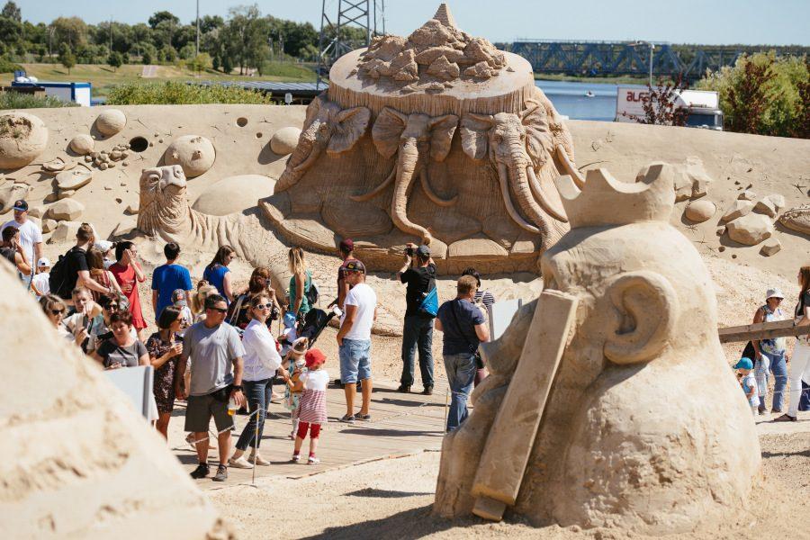 Smėlio figūrų miestas