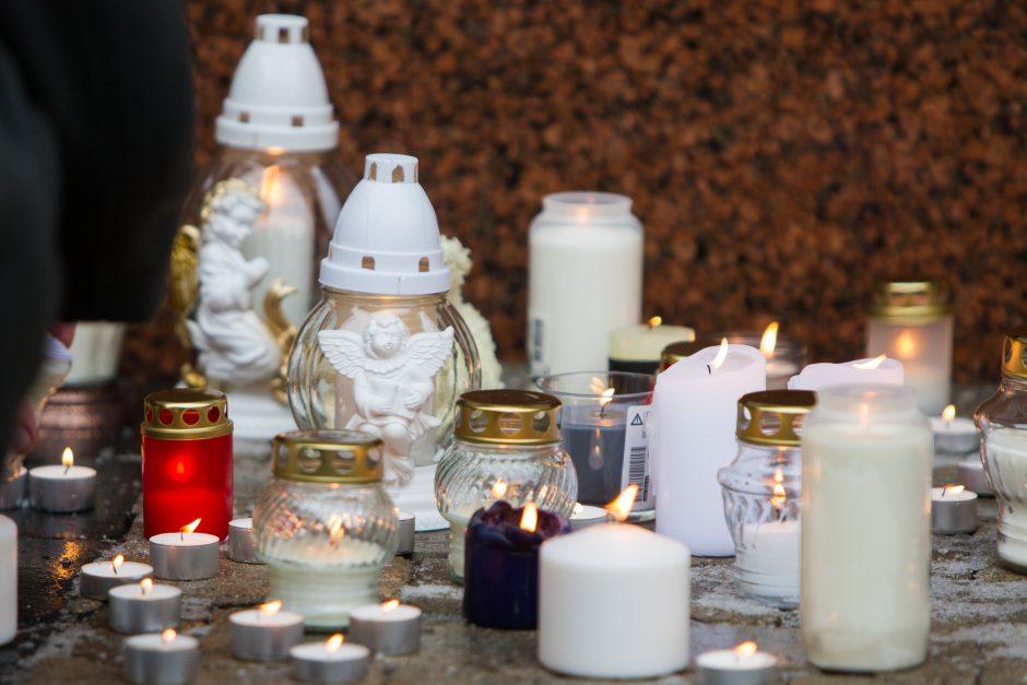Donorui, kurio mamą daug kas pasmerkė, – 100 žvakučių