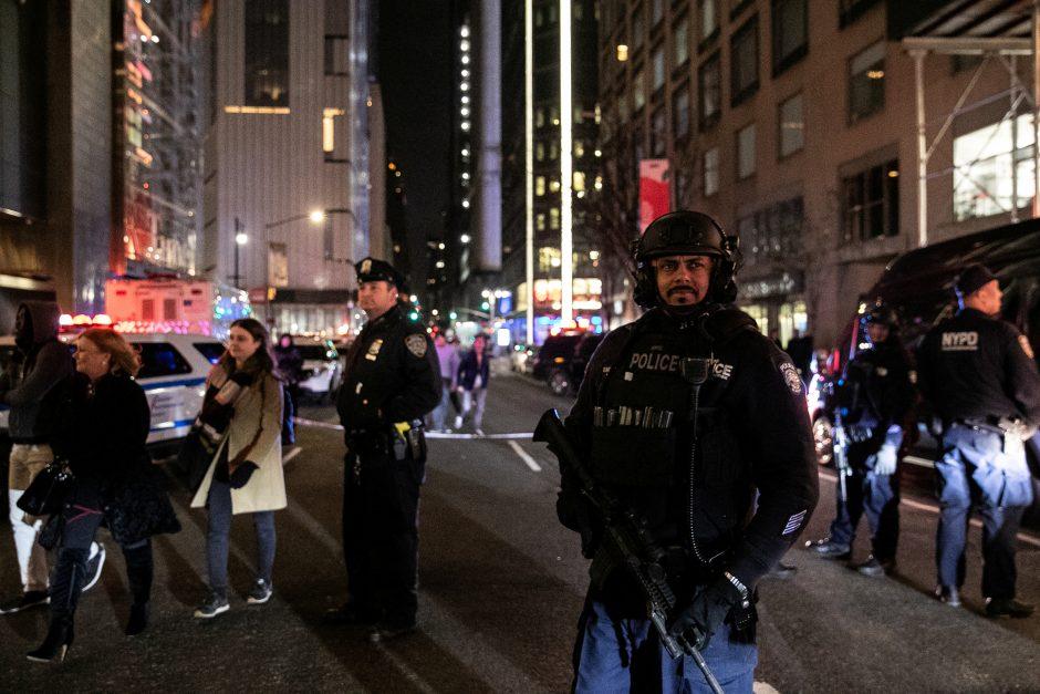 Dėl grasinimo susprogdinti evakuotas CNN biuras