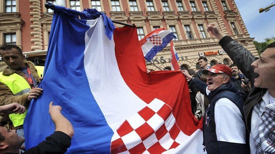 Kroatijoje 22 serbams pareikšti kaltinimai karo nusikaltimais