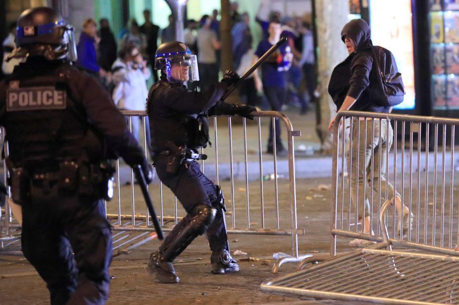 Belgijoje moteris apkaltinta kursčiusi surengti teroro išpuolį prieš sporto sirgalius