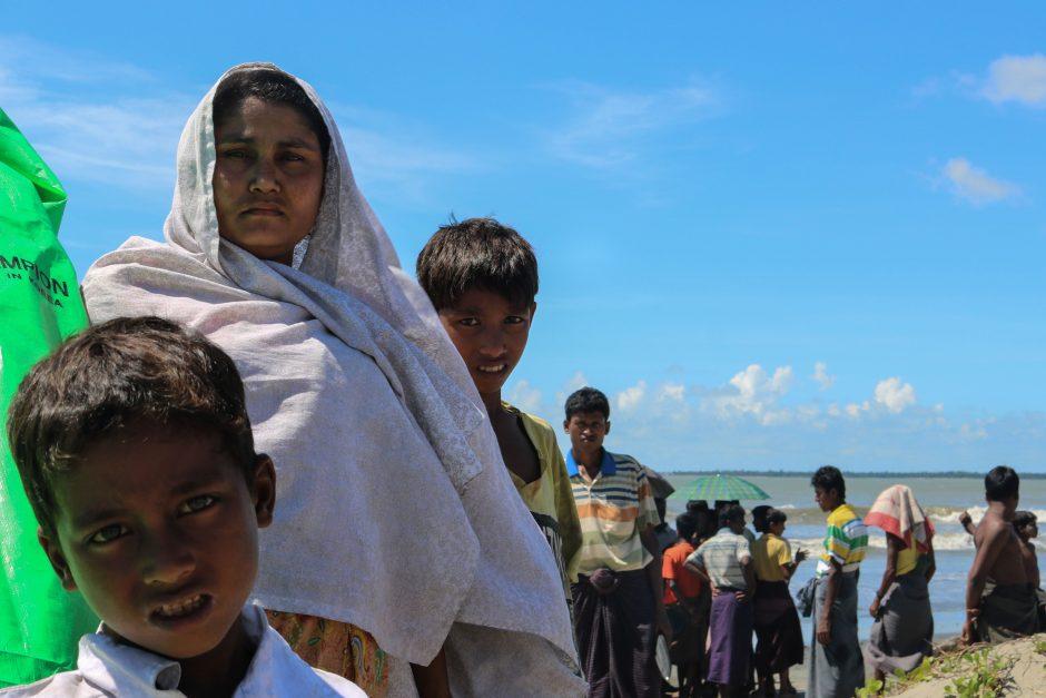 Jungtinės Tautos: badaujančių žmonių skaičius pasaulyje išaugo iki 821 mln.