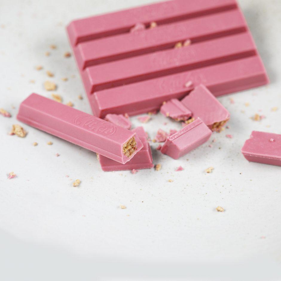 Pasaulinė naujovė šokolado rinkoje – ketvirtoji šokolado rūšis atkeliauja į Lietuvą