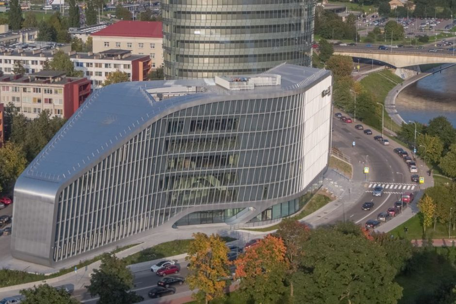 Naujasis verslo centras Vilniuje stebina technologijomis ir harmonija su aplinka