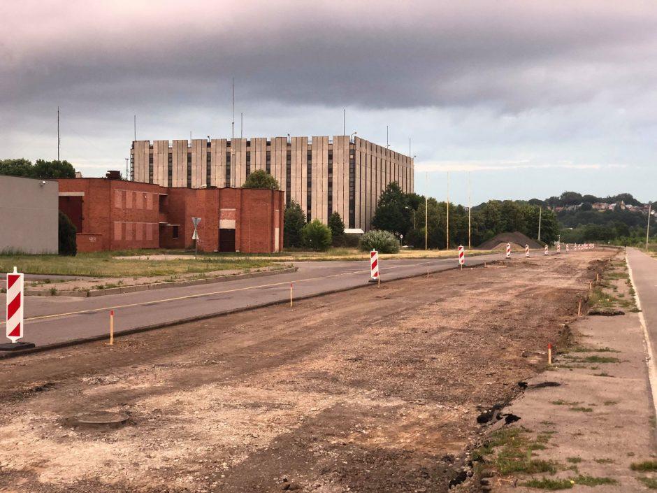 Kaunas nelėtina tempo – pradėta tvarkyti dar viena judri gatvė