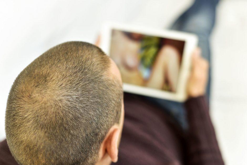 RRT: pranešimų apie žalingą turinį internete šiemet išaugo 4 kartus