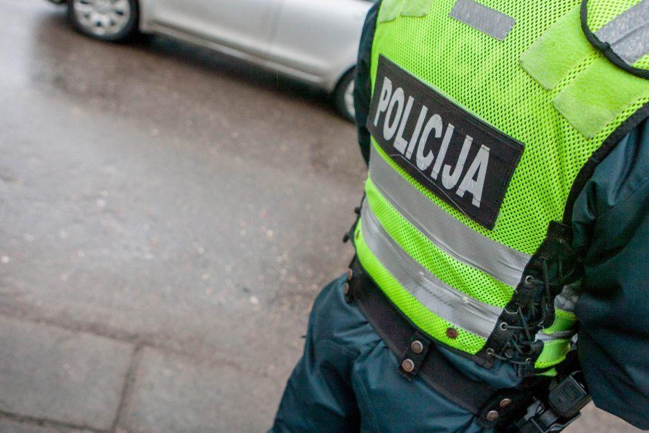 Už pasiūlytą kyšį policininkui – į belangę