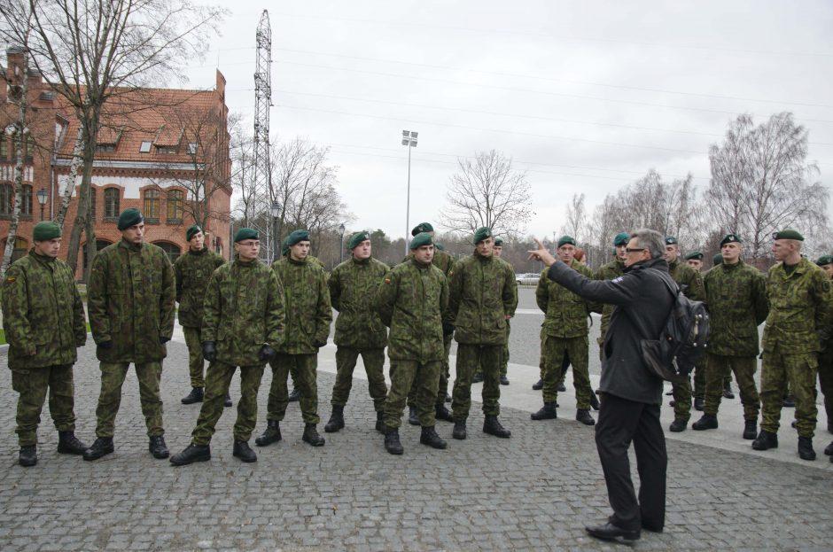 Dragūnų bataliono kariamas – paskaita apie Klaipėdos kareivinių istoriją