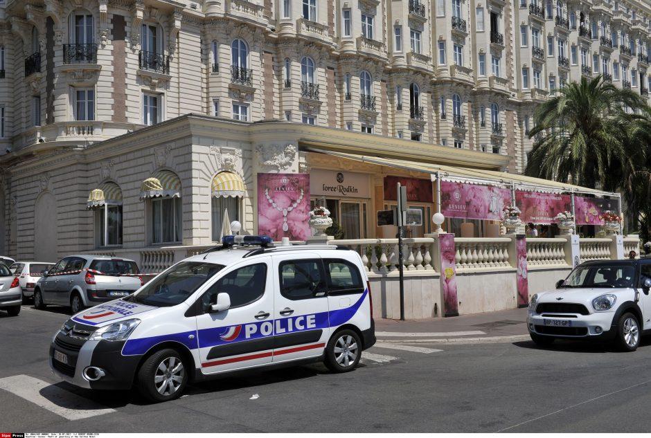 Kanuose pavogta papuošalų už 40 mln. eurų (atnaujinta)