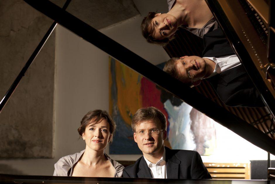 Intriguoja fortepijoninių duetų fiesta