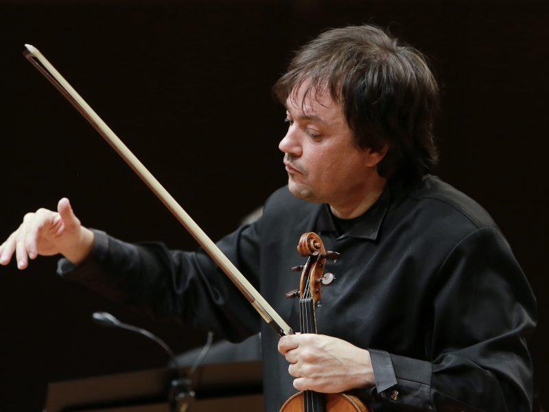 """Šventiniai kaprisai"" su S. Krylovu ir Lietuvos kameriniu orkestru"