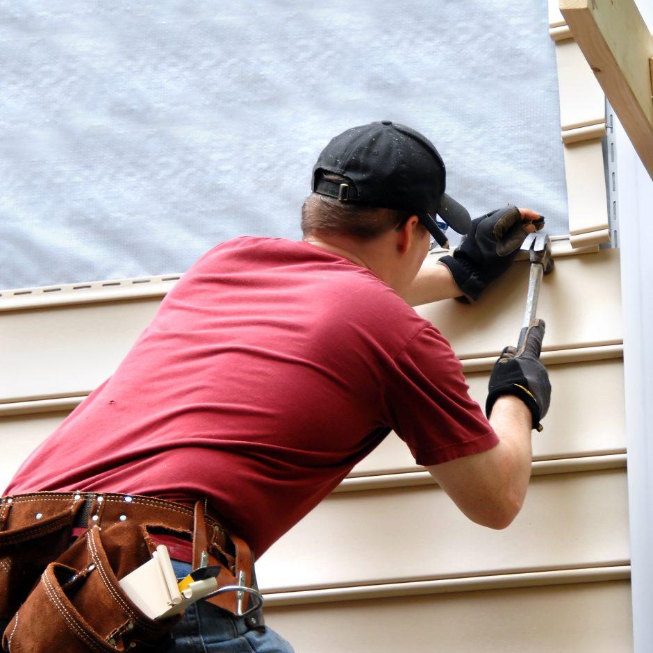 Į pamokas – su statybininkais?