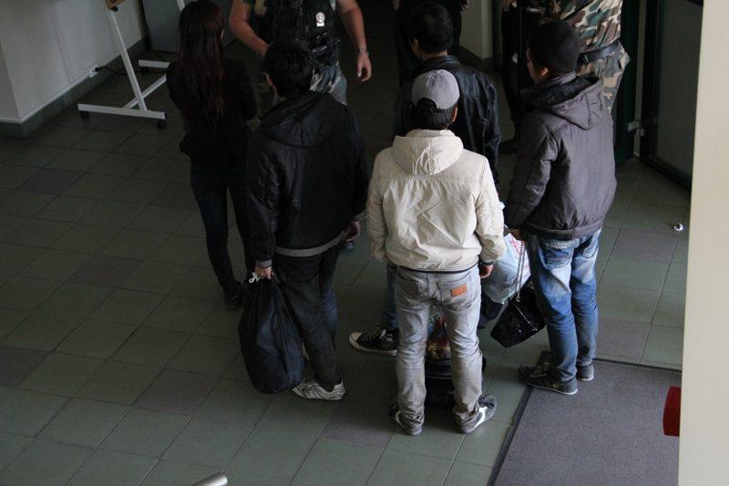 Vilniaus rajone sulaikyti neteisėtai sieną perėję penki vietnamiečiai