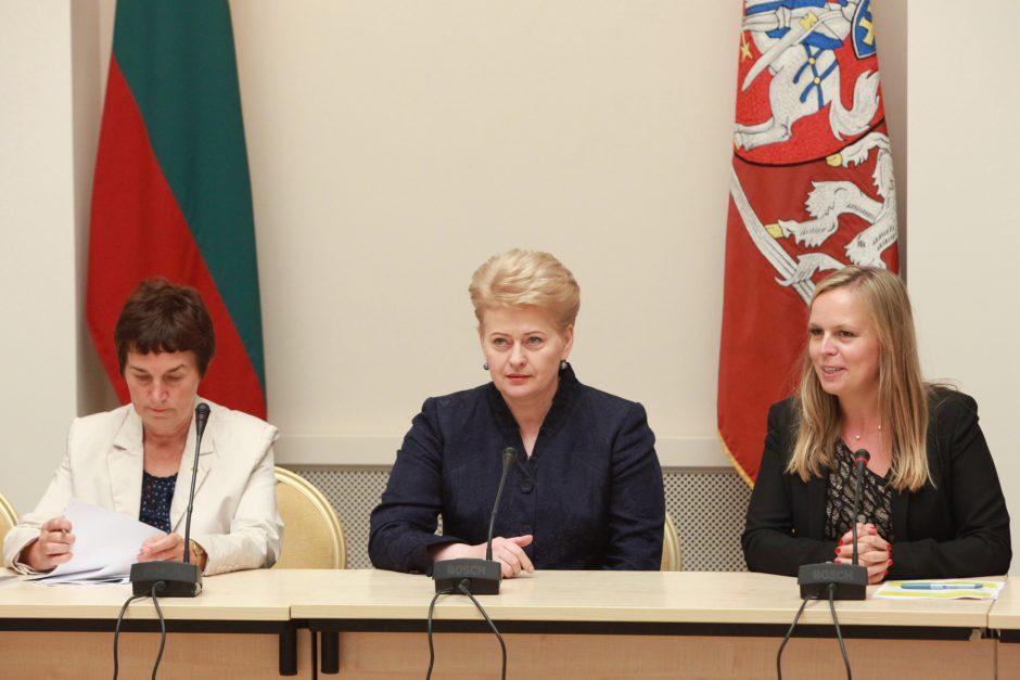 D. Grybauskaitė: jaunimui įsidarbinti nelengva