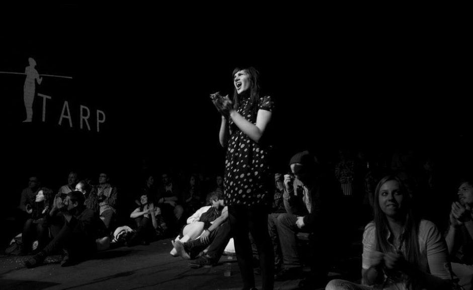 """Tarptautinis poezijos festivalis """"TARP"""" paspęs vaizdų gaudykles (festivalio programa)"""