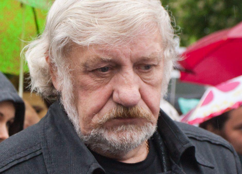 V. Šustauskas teisme aiškinosi dėl necenzūrinio žodžio prieš gėjų eitynes