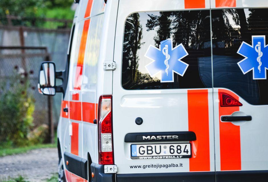 Per didelę mikroautobuso avariją sužaloti šeši žmonės (papildyta)