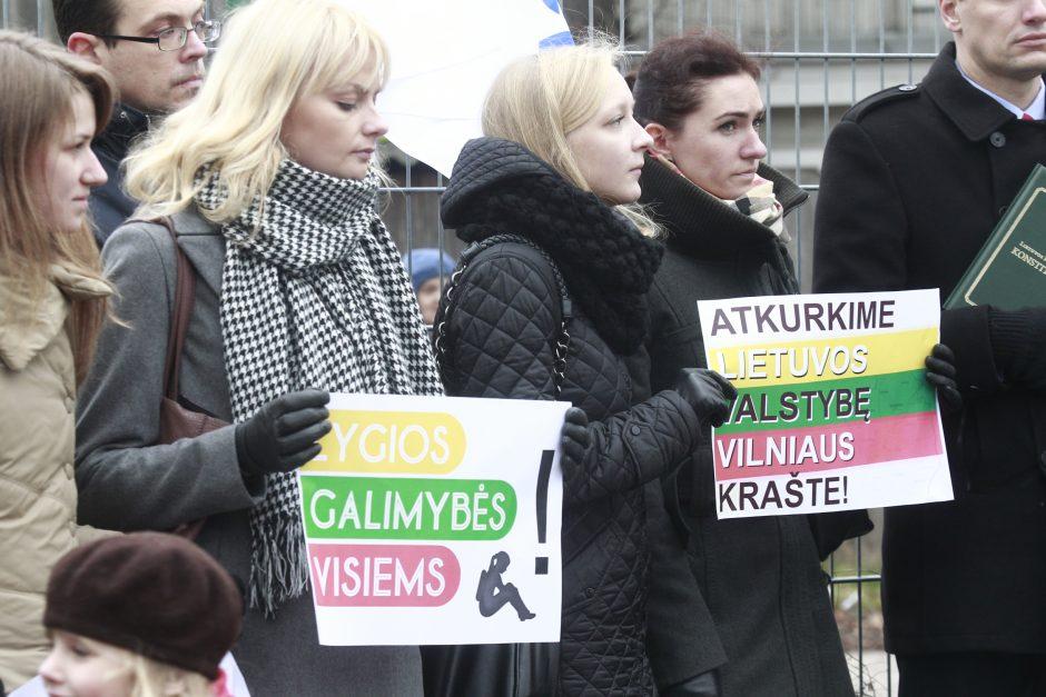 Vilniaus rajono valdžia taupo naikindama lietuvybę?