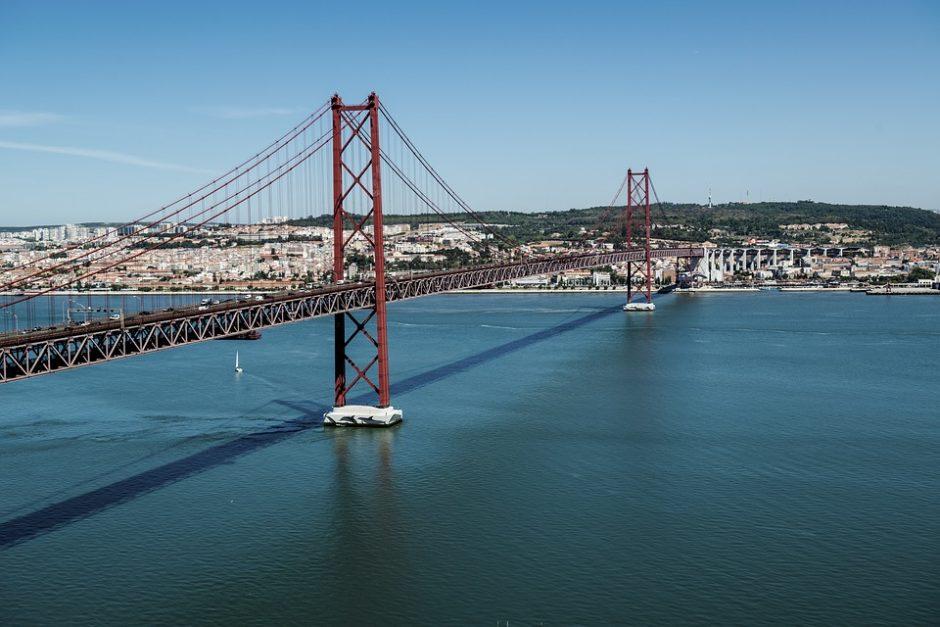 Portugalės nesiskundžia gaudamos mažesnius atlyginimus nei vyrai