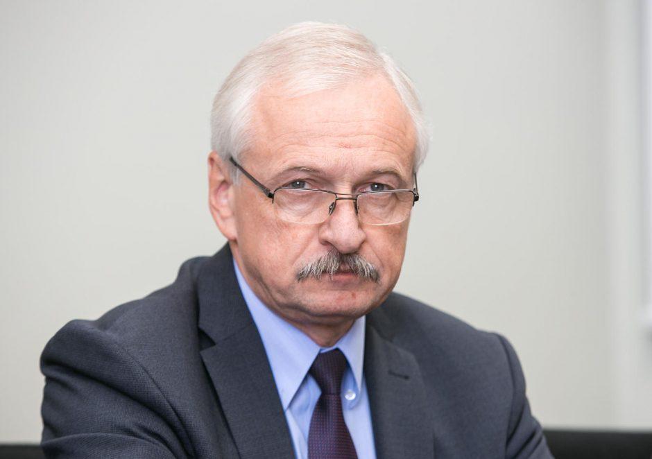 """Viceministrą E. Gustą seka """"Toksikos"""" šešėlis"""
