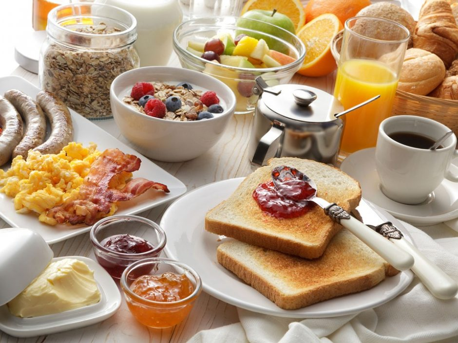 Pavalgyti per 15 minučių: subalansuota skubantiems