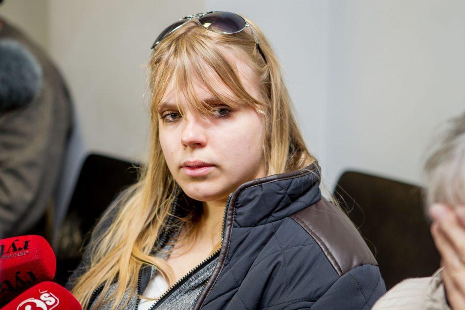 Įtariamos vaikžudės ašaros sugraudino ir prokurorą