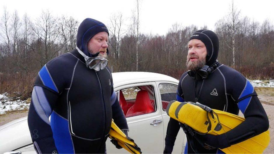 Platelių ežere panardę M. Starkus ir V. Radzevičius: viskas atrodo baisiau nei yra