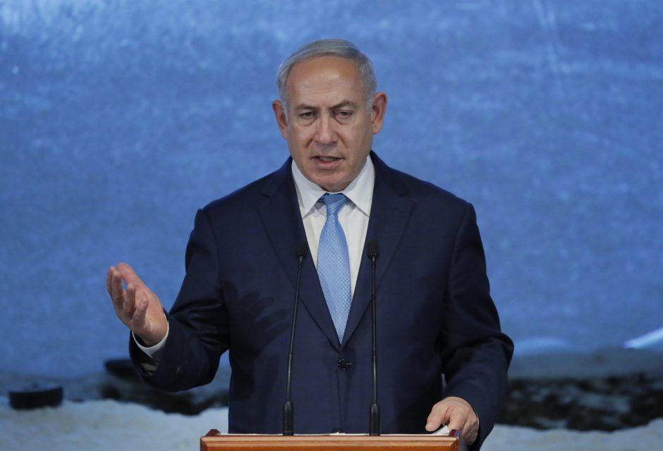 B. Netanyahu viešai pataisė Vokietijos diplomatijos vadovą