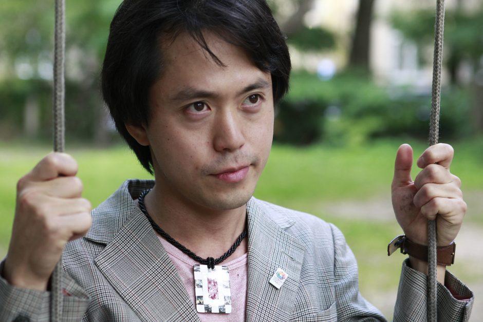 Vilniuje viešintis japonų atlikėjas Yuki Deai: materializmas griauna žmonių santykius