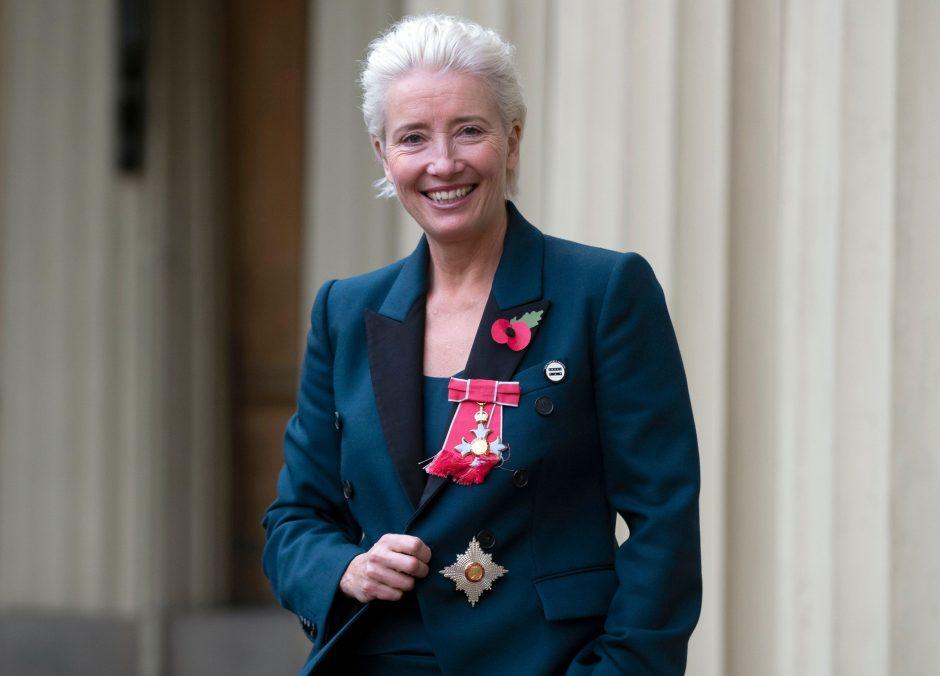 Britų aktorei E. Thompson oficialiai suteiktas JK damos titulas