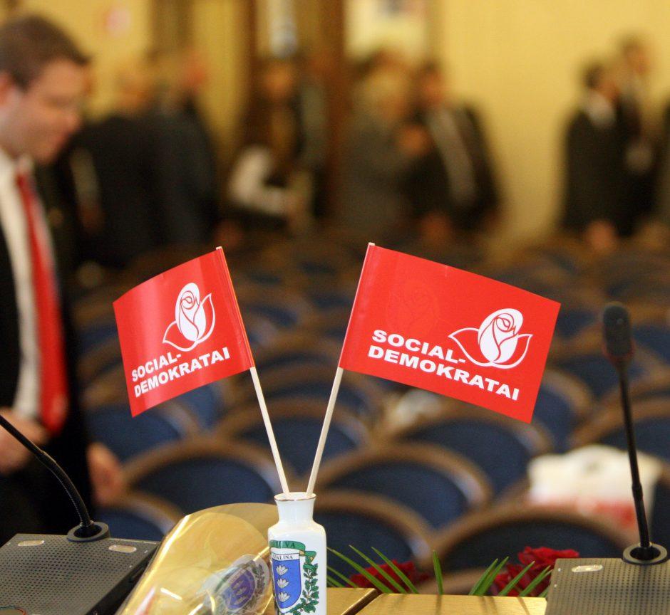 Dauguma socialdemokratų skyrių siūlo trauktis iš koalicijos