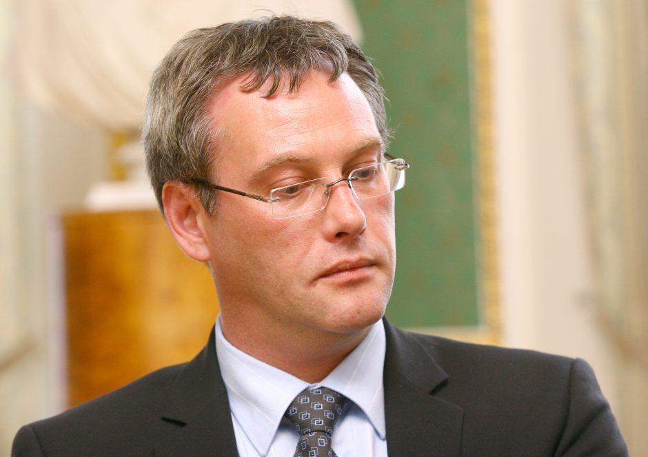 Politologas R. Lopata: ambasadoriaus atsistatydinimas - didelė klaida