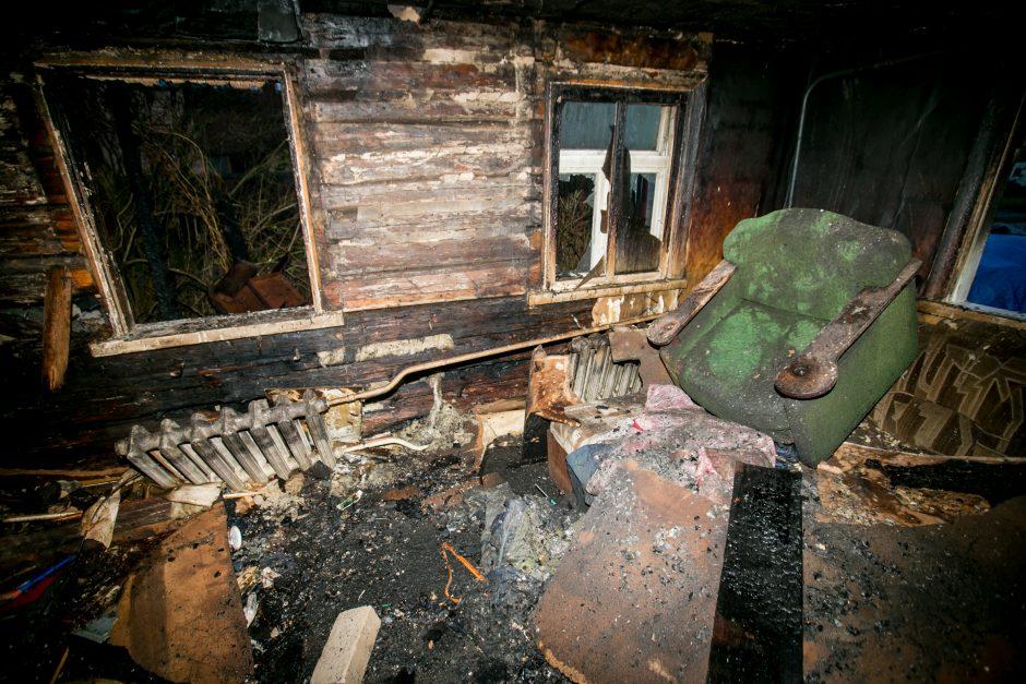 Sudegęs namas Kidulių g.