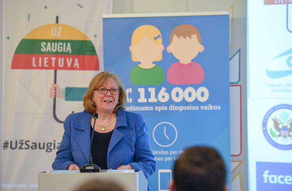 """Lietuvoje pradeda veikti """"Facebook"""" įrankis dingusių vaikų paieškai"""