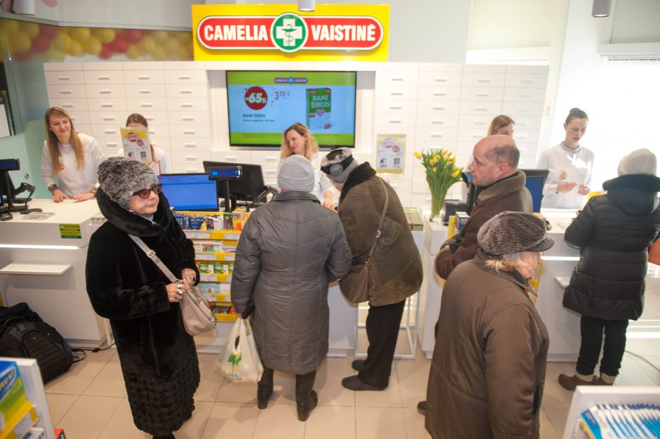 """Kaune atidaryta naujos koncepcijos """"Camelia"""" vaistinė"""